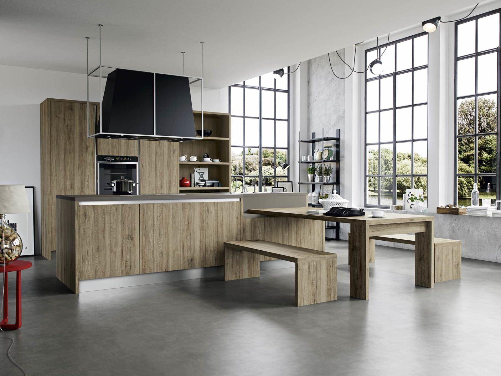 Cucina moderna con isola arredamenti meneghello - Tavolo per cucina moderna ...