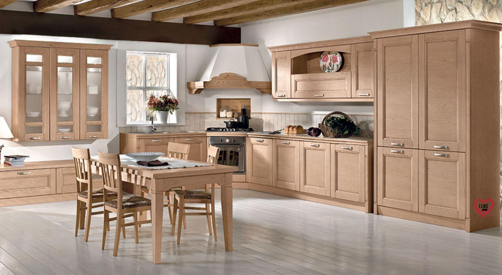 Cucine classiche in legno a padova for Saldi mobili 2016