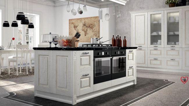 Cucine classiche in legno a Padova