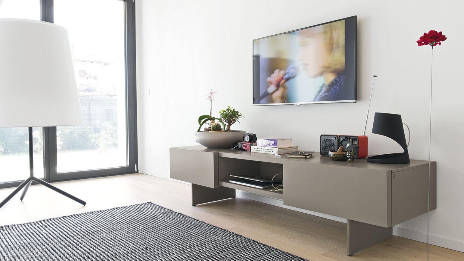 Mobili soggiorno porta tv a padova mobili porta tv - Mobile basso moderno ...